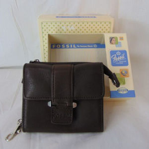 New Fossil Brown Leather Wallet Tags Box